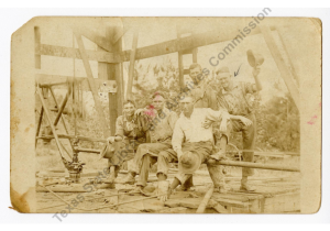 Grady Barnhart and four men in Batson, Texas, oilfield